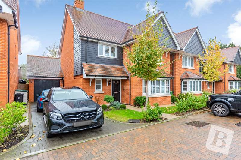 4 Bedrooms Detached House for sale in Whitefield Way, Kelvedon Hatch, Brentwood, Essex, CM15