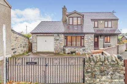 4 Bedrooms Detached House for sale in Bethesda Bach, Caernarfon, Gwynedd, LL54