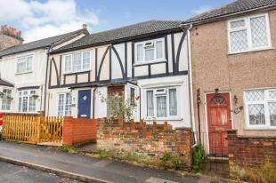 2 Bedrooms Terraced House for sale in New Road, South Darenth, Dartford, Kent
