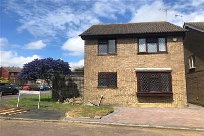 4 Bedrooms House for rent in Chestnut Close, Ashford
