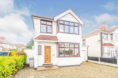 3 Bedrooms Detached House for sale in Valeway Avenue, Thornton-Cleveleys, Lancashire, ., FY5