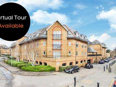 2 Bedrooms Flat for rent in Stewart Place, Station Road, Ware