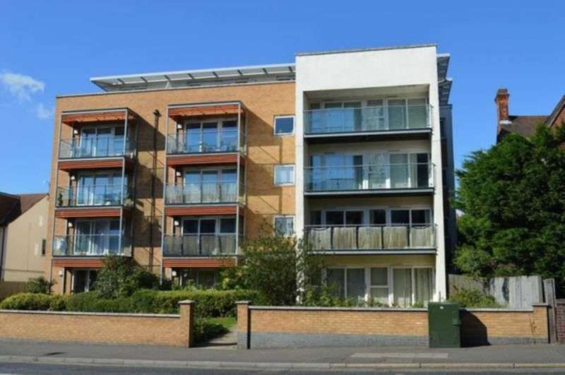 2 Bedrooms Apartment Flat for rent in Southchurch Road, Southchurch