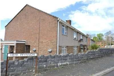 2 Bedrooms Flat for rent in Heol Ffynnon, Loughor, Swansea