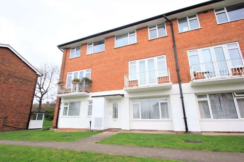 2 Bedrooms Property for rent in Abbey Park, Beckenham
