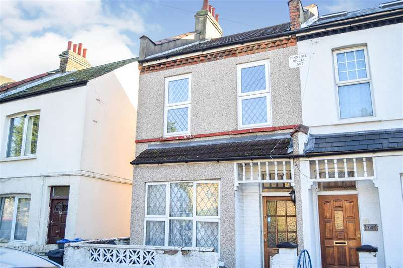 3 Bedrooms Terraced House for rent in Liberty Avenue, Colliers Wood
