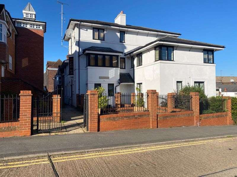 1 Bedroom Property for rent in Lyons Court, Dorking