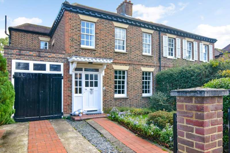 4 Bedrooms Semi Detached House for sale in Waldegrave Gardens, Strawberry Hill, TW1