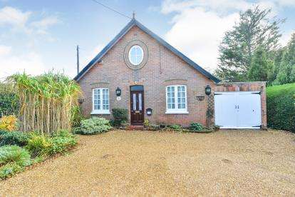3 Bedrooms Detached House for sale in Ryde, Isle Of Wight, .