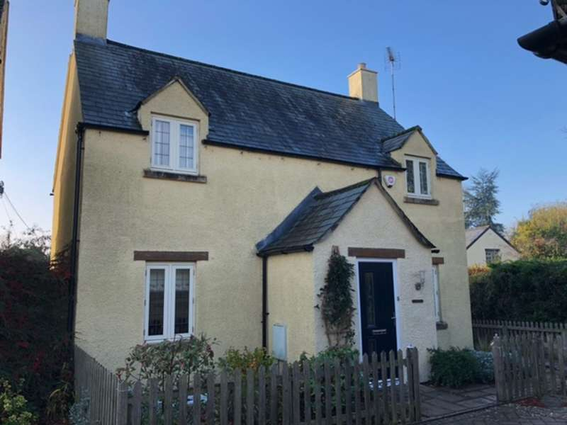 3 Bedrooms Detached House for sale in The Wern, Lechlade