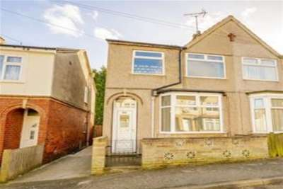 3 Bedrooms House for rent in Somersall Street, Mansfield, NG19