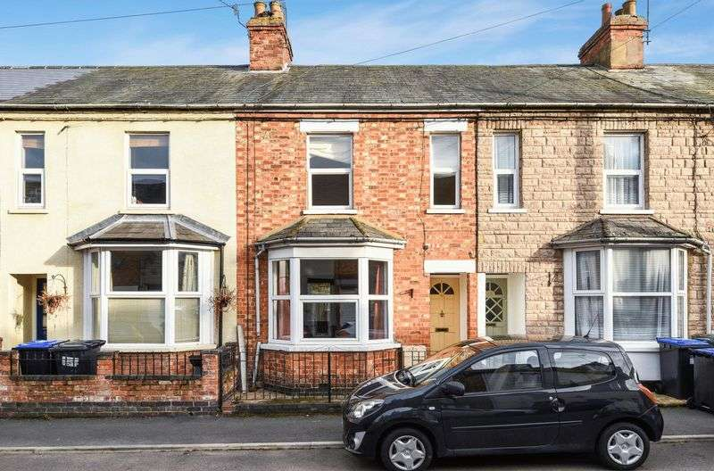 3 Bedrooms Property for rent in Percy Road, Woodford Halse