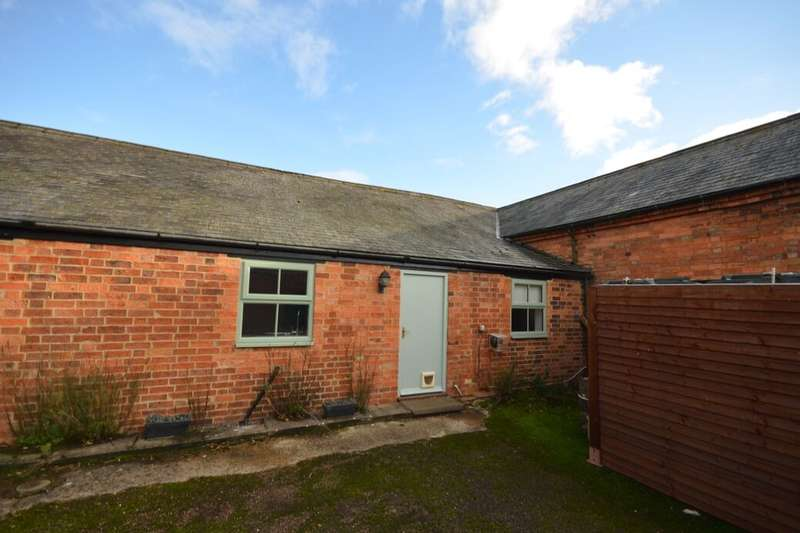 2 Bedrooms Property for rent in The Grange, Preston Capes, Daventry, NN11