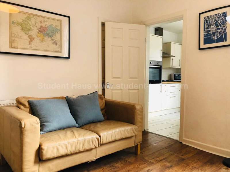 4 Bedrooms House for rent in Strawberry Hill, Salford