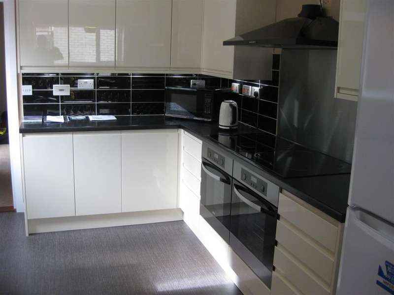 7 Bedrooms Terraced House for rent in The Polygon, Southampton