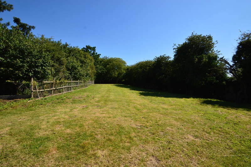 Land Commercial for sale in Prayors Hill, Sible Hedingham