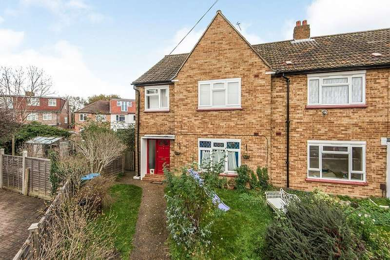 2 Bedrooms Flat for rent in Collingwood Close, Whitton, Twickenham, TW2