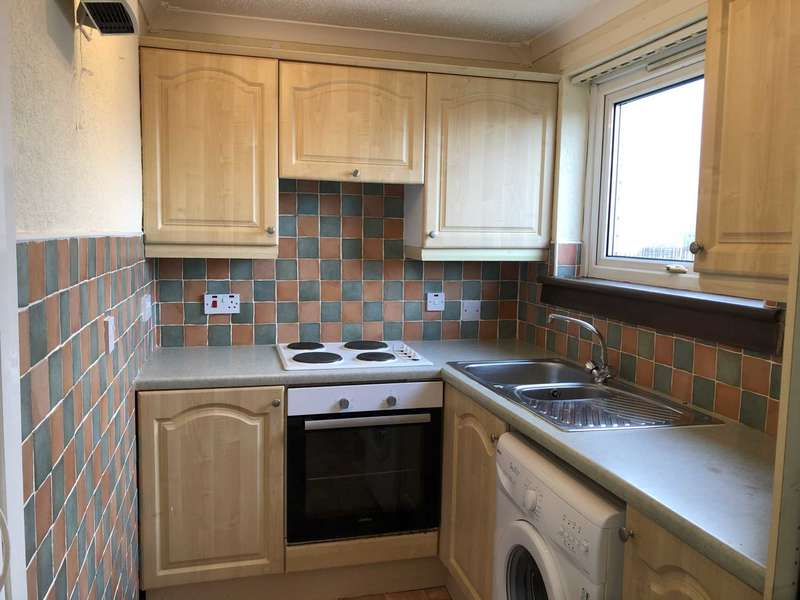 1 Bedroom Studio Flat for rent in Dougliehill Terrace, Port Glasgow