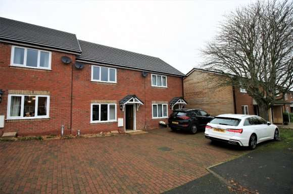3 Bedrooms Terraced House for rent in Brookfield Close, Oswestry, SY10
