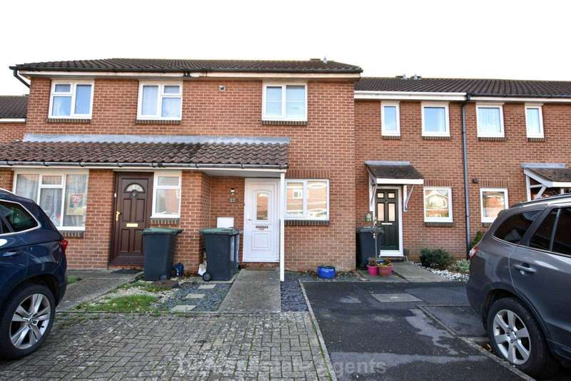 2 Bedrooms Terraced House for sale in Harrier Close, Lee On The Solent