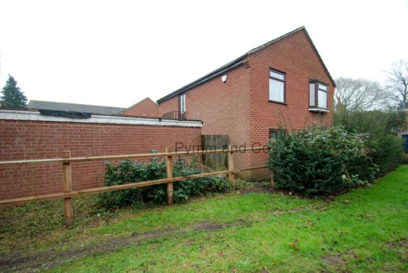 2 Bedrooms Flat for rent in Aylsham Road, Norwich