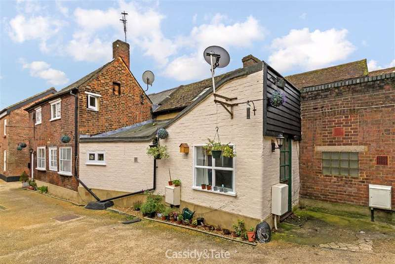 1 Bedroom Property for rent in Holywell Hill, St. Albans, Hertfordshire - AL1 1EX