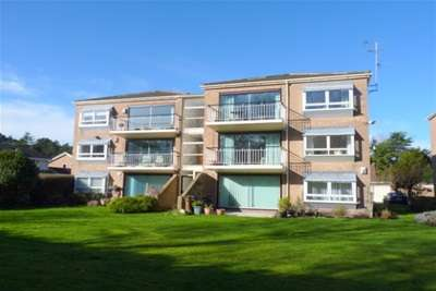 2 Bedrooms Flat for rent in Vyner Court, Oxton