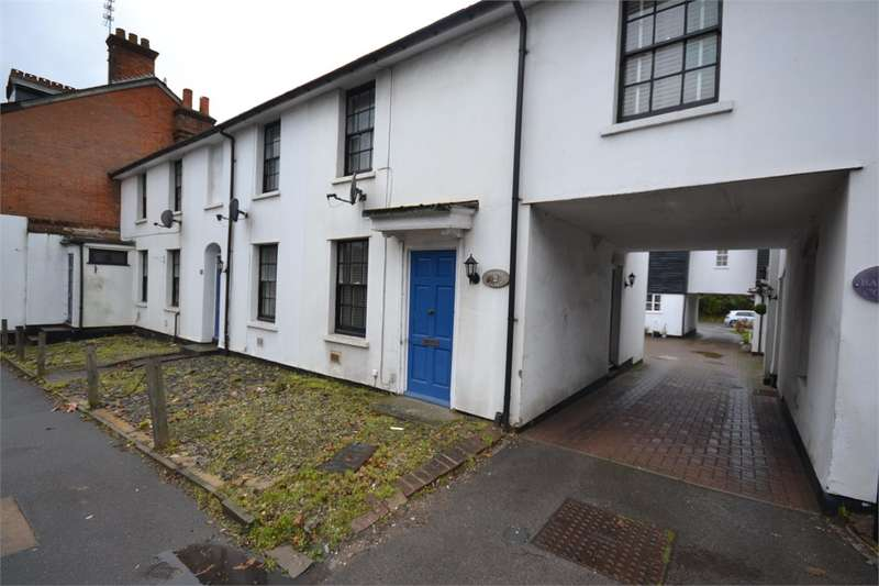 2 Bedrooms Mews House for rent in Bakery Court, Stansted Mountfitchet.