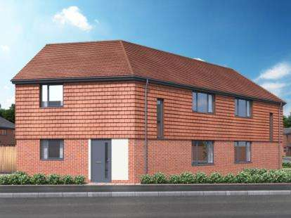 3 Bedrooms Semi Detached House for sale in Frating, Colchester, Essex