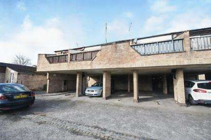 1 Bedroom Flat for sale in Pitsea, Basildon, Essex