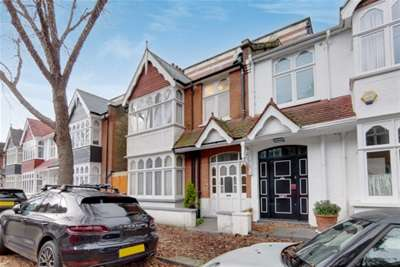 4 Bedrooms House for rent in Merton Avenue, Chiswick, W4