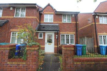 3 Bedrooms Semi Detached House for sale in Woodhouse Lane, Manchester, Greater Manchester