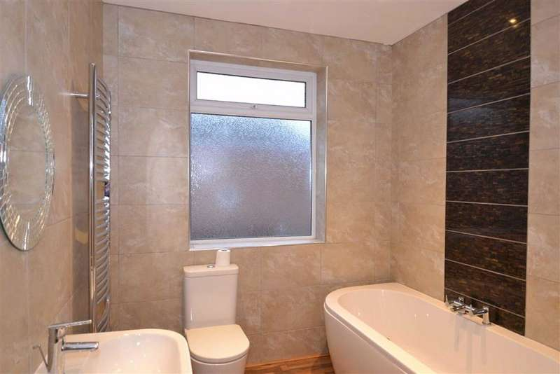 2 Bedrooms Flat for rent in Closefield Grove, Monkseaton