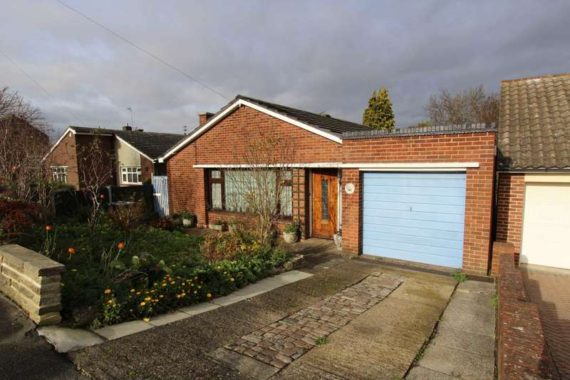 2 Bedrooms Detached Bungalow for sale in Orchard Avenue, Gravesend