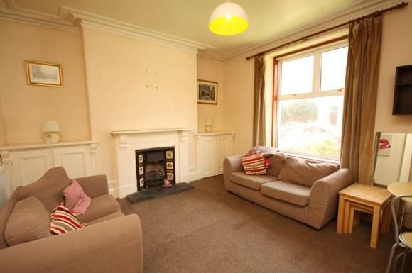 1 Bedroom Property for rent in Balmoral Place, Holburn, Aberdeen, AB10