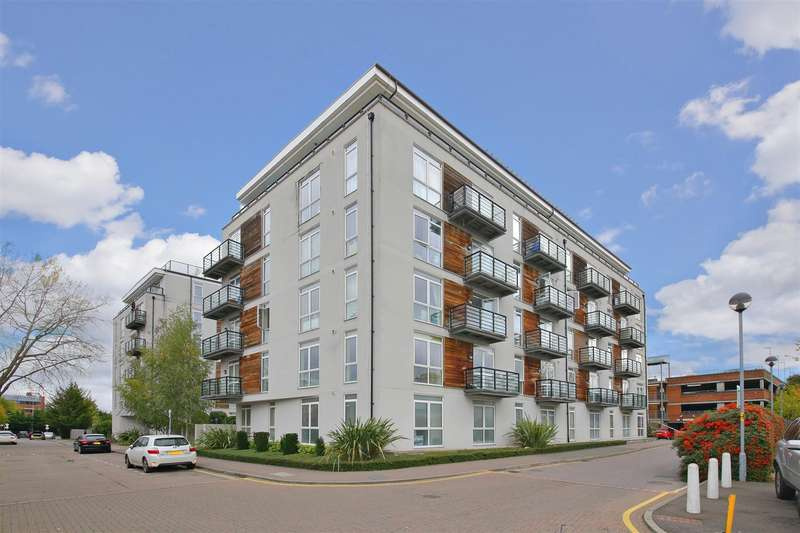 1 Bedroom Apartment Flat for rent in Maxwell Road, Borehamwood