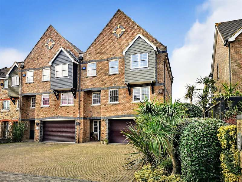 5 Bedrooms Semi Detached House for sale in Silver Strand East, Eastbourne