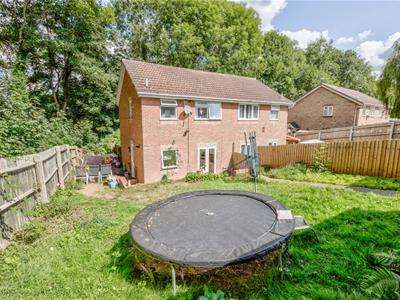 3 Bedrooms Semi Detached House for rent in Hernhill Court, West Hunsbury, Northampton