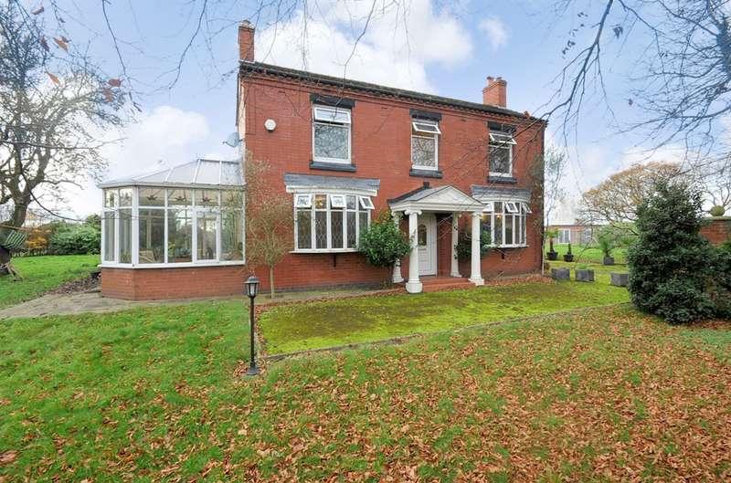 3 Bedrooms Detached House for sale in Warrington Road, Risley, Warrington, WA3