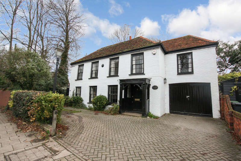4 Bedrooms Detached House for sale in West Street, Coggeshall