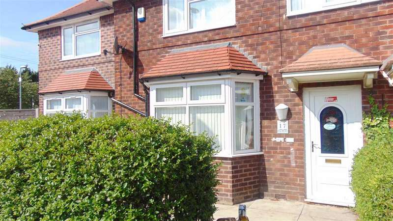 4 Bedrooms Semi Detached House for rent in Clough Road, Manchester, Manchester