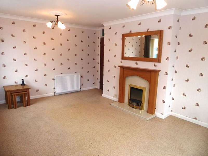 2 Bedrooms Semi Detached House for rent in 45 Keswick Avenue, Barrow-in-Furness