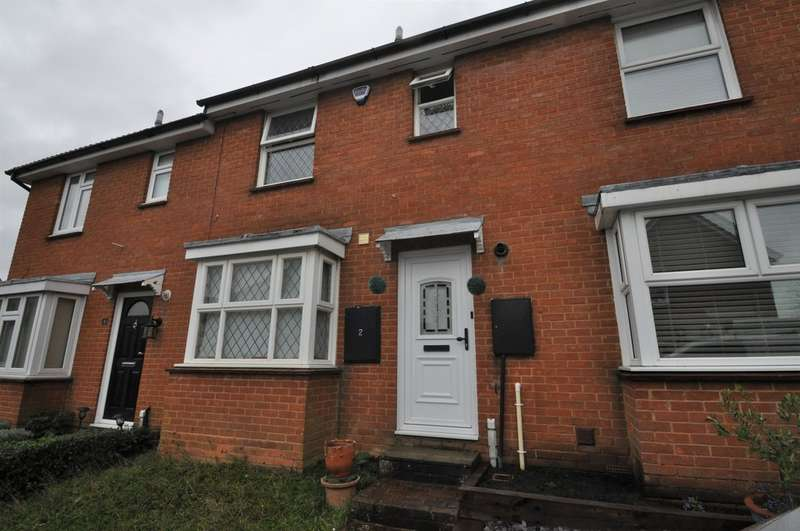 3 Bedrooms Terraced House for rent in Bowfell Drive, Langdon Hills