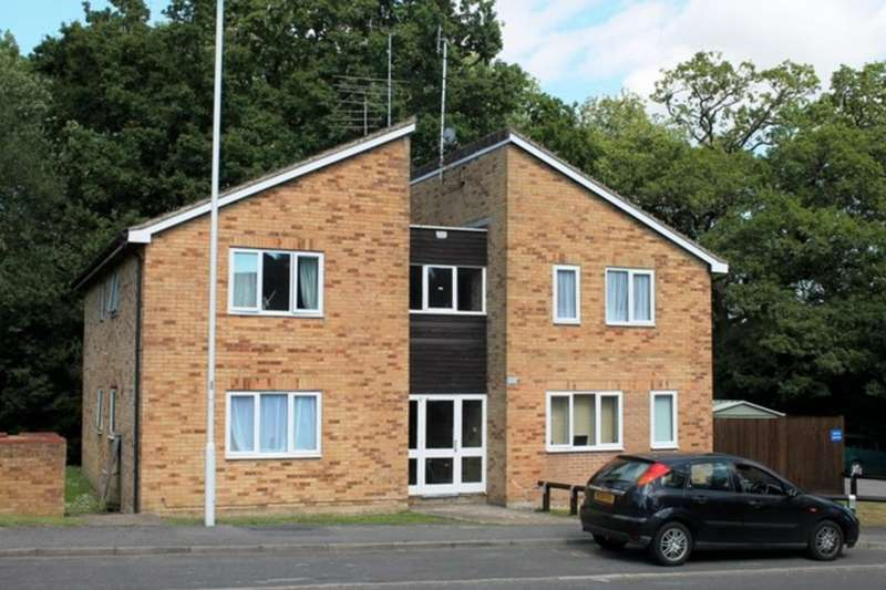 1 Bedroom Flat for rent in Estcots Drive