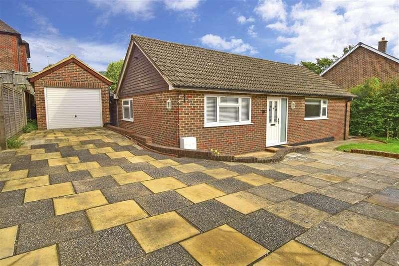 3 Bedrooms Detached Bungalow for sale in Park Crescent, , Crowborough, East Sussex