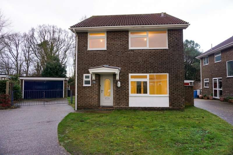 4 Bedrooms Detached House for rent in Symes Road, Hamworthy, BH15