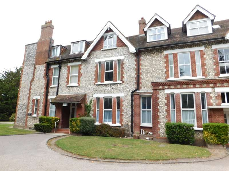 2 Bedrooms Flat for rent in Blackwater Road, , Eastbourne, BN21 4JQ
