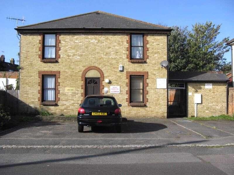 1 Bedroom Flat for rent in Ospringe Street, Faversham, ME13