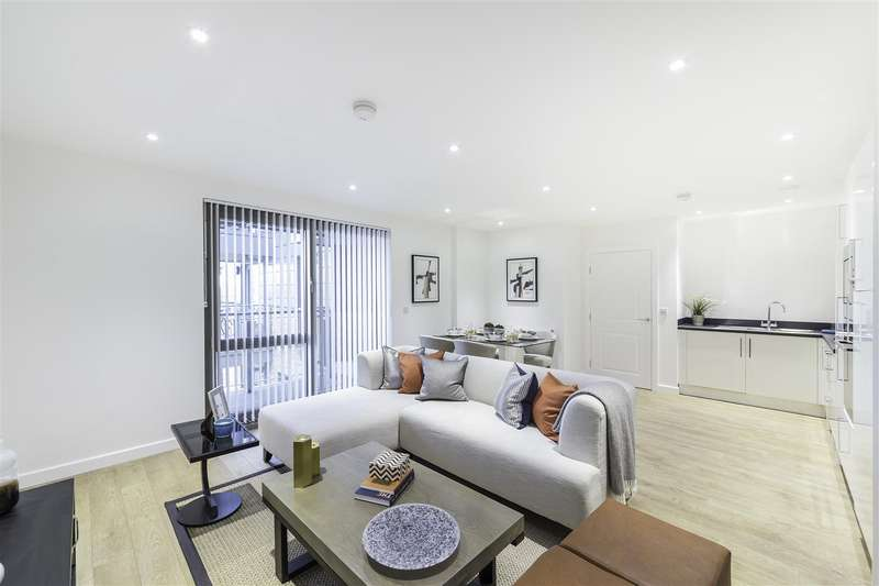 2 Bedrooms Flat for rent in Palm House, Sancroft Street, Vauxhall, London
