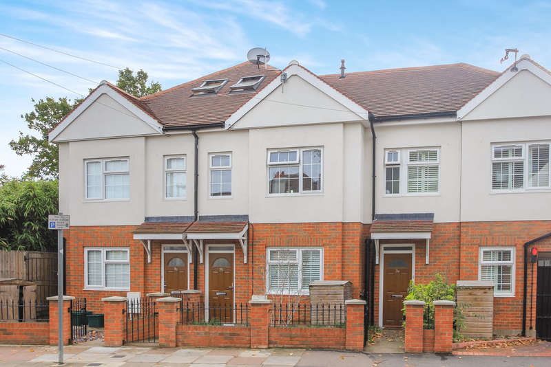 4 Bedrooms Terraced House for rent in Surbiton, Surrey